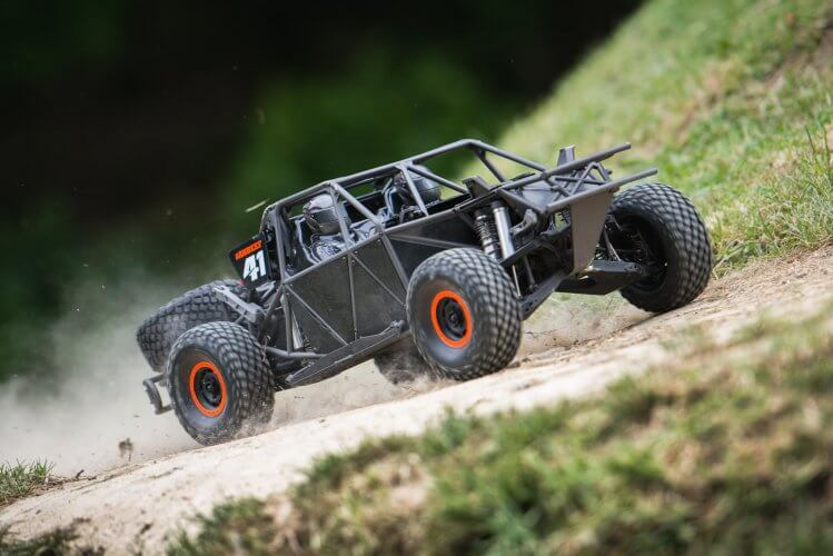 traxxas udr no shell front