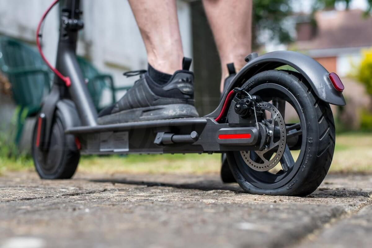 Mi Electric Scooter M365 Tyre Tire change guide tutorial puncture repairing