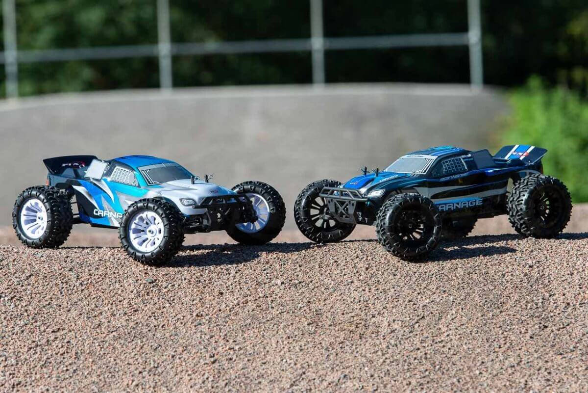 FTX Carnage Brushed versus Brushless comparison head to head