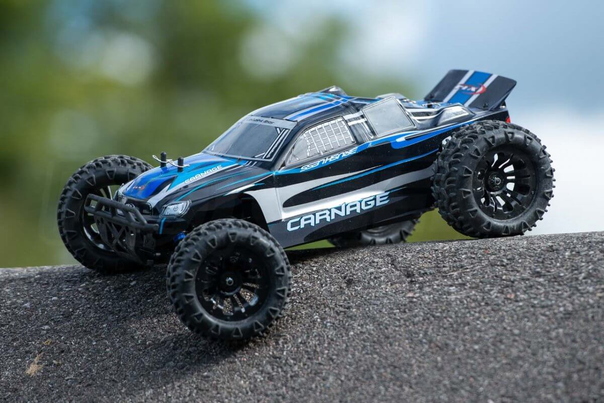 FTX Carnage Brushed versus Brushless comparison review brushless front