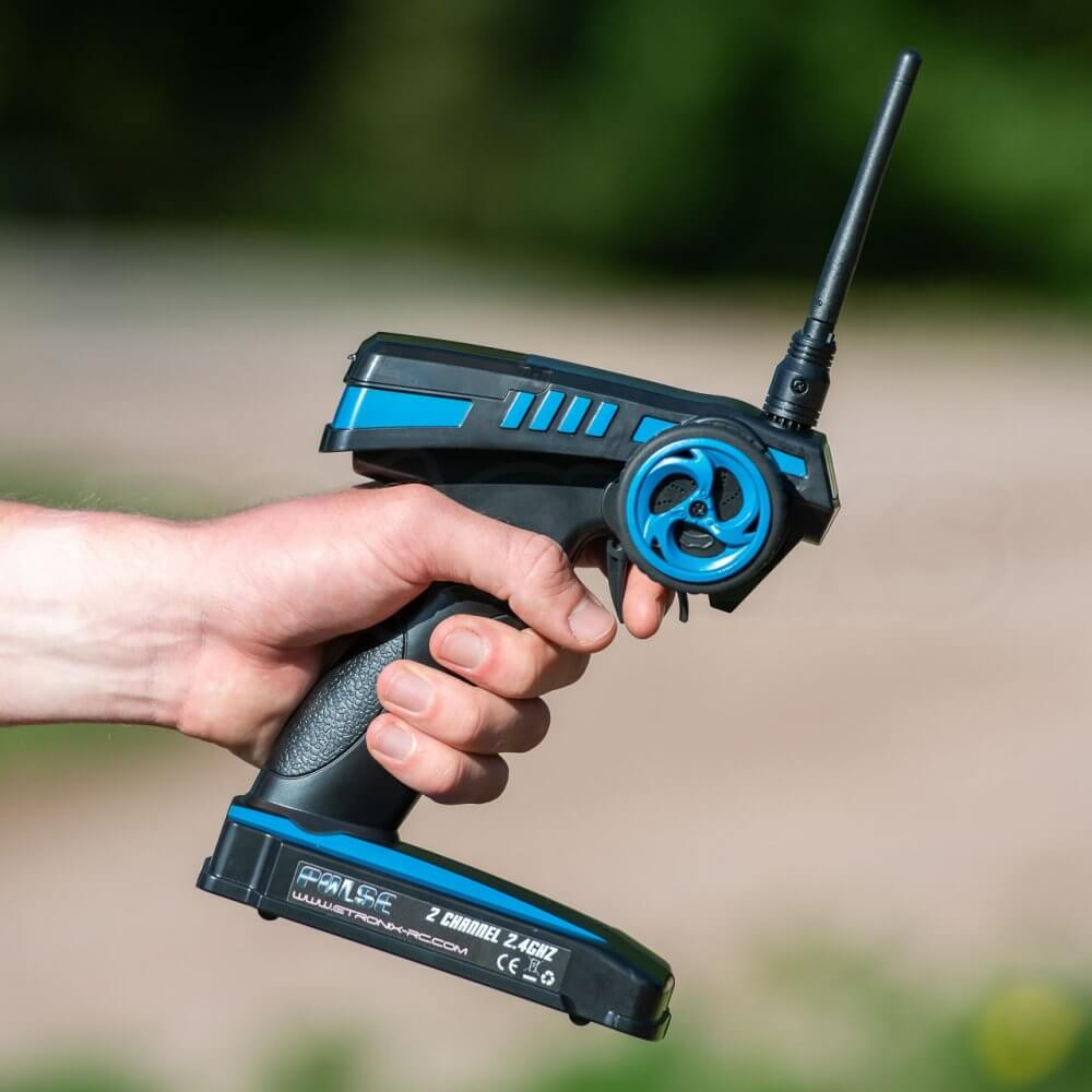 FTX Carnage Brushed versus Brushless comparison review transmitter etronix lead