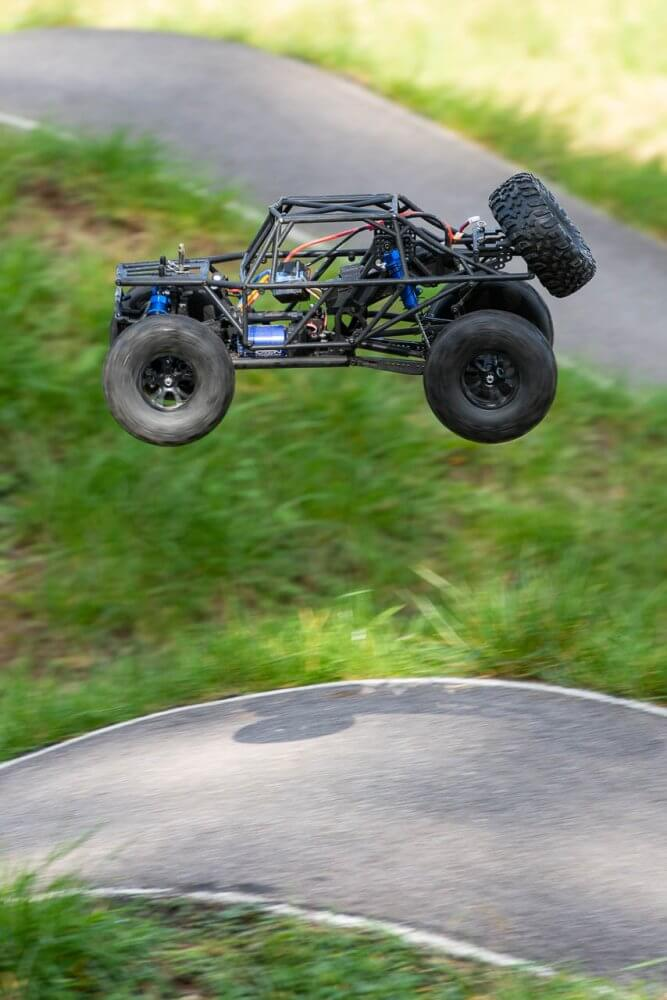 FTX Outlaw Ultra-4 Brushless Buggy Review airing it out