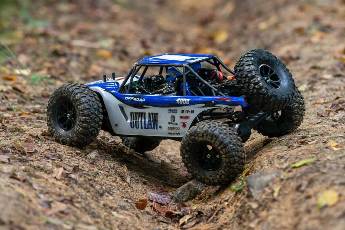 FTX Outlaw Ultra-4 Brushless Buggy Review articulation rear