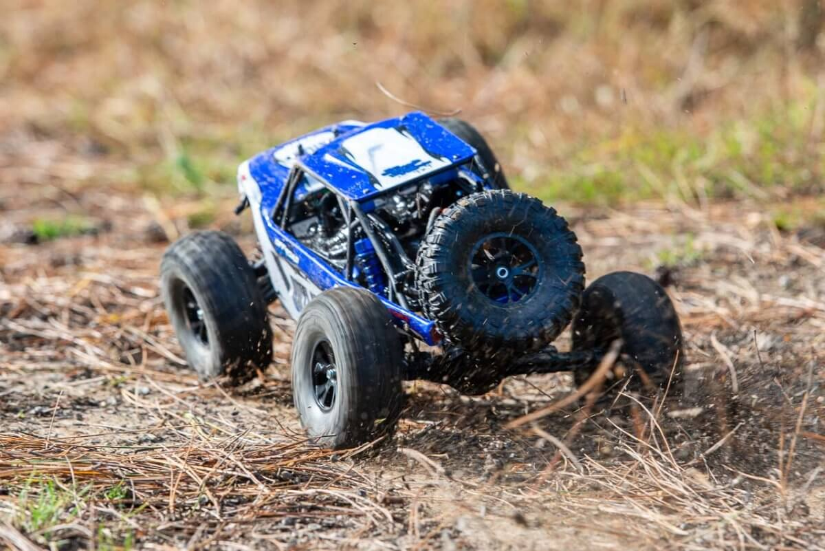 FTX Outlaw Ultra-4 Brushless Buggy Review chassis twist torque rear