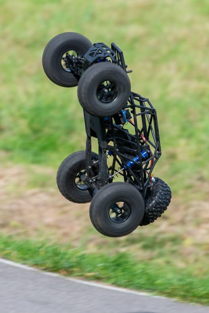 FTX Outlaw Ultra-4 Brushless Buggy Review crash landing