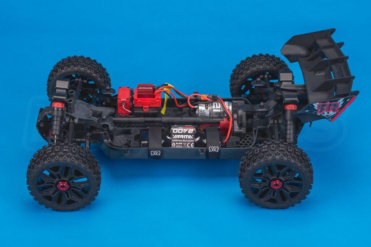 Arrma Typhon MEGA 4x4 Buggy Review chassis side