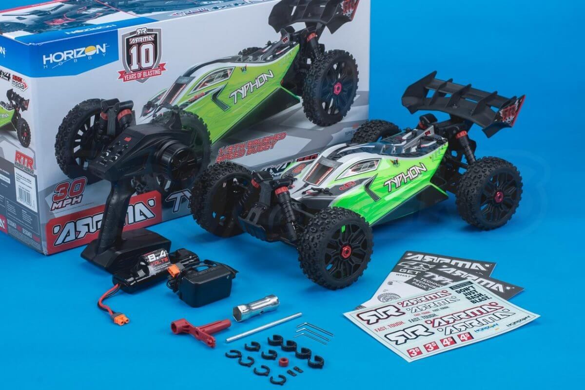 Arrma Typhon MEGA 4x4 Buggy Review in the box