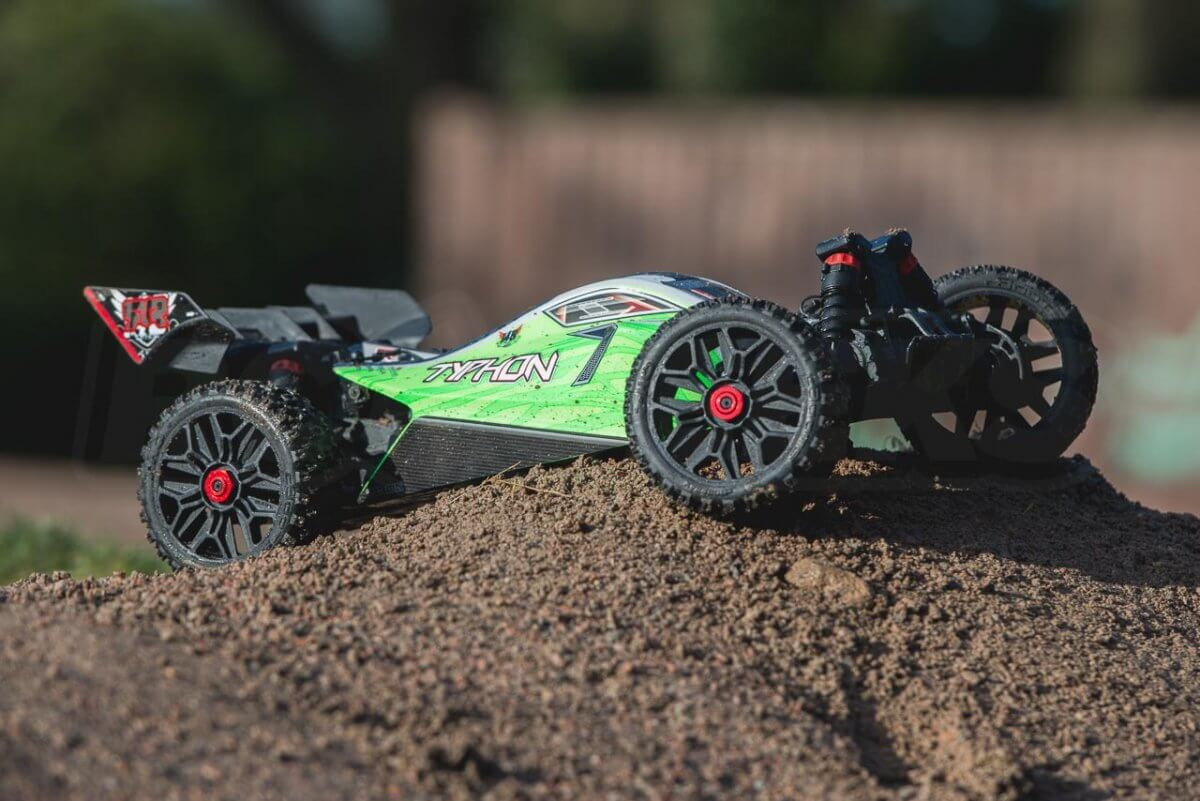 Arrma Typhon MEGA 4x4 Buggy feature on crest parked