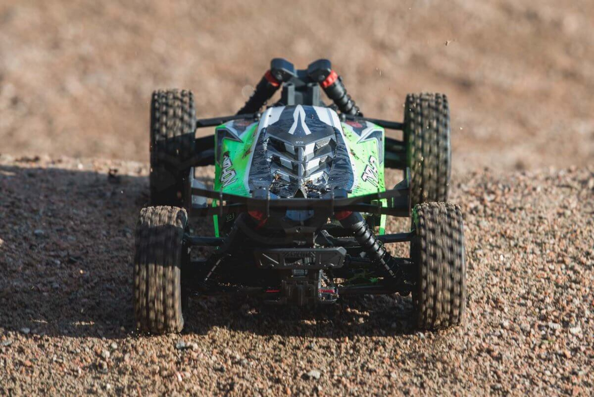 Arrma Typhon MEGA 4x4 Buggy rear jump launch