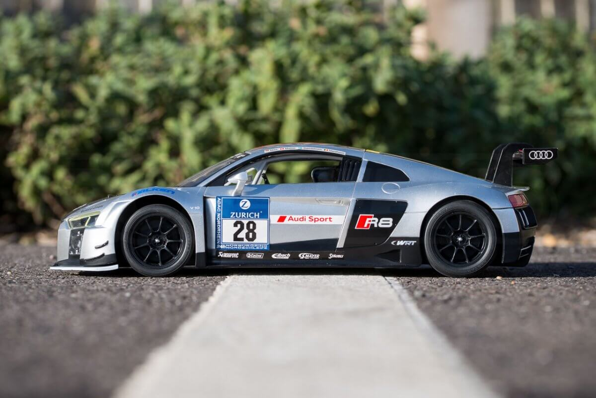 Rastar 14th Scale GT Racing cars review Audi R8 LMS side