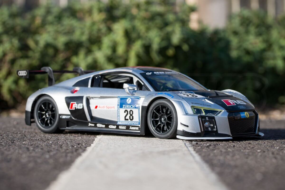 Rastar 14th Scale GT Racing cars review Audi R8 LMS three quarter low