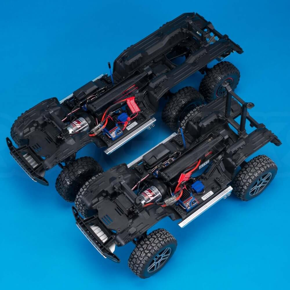 Traxxas TRX-6 Mercedes Benz G63 AMG Review TRX-4 chassis comparison