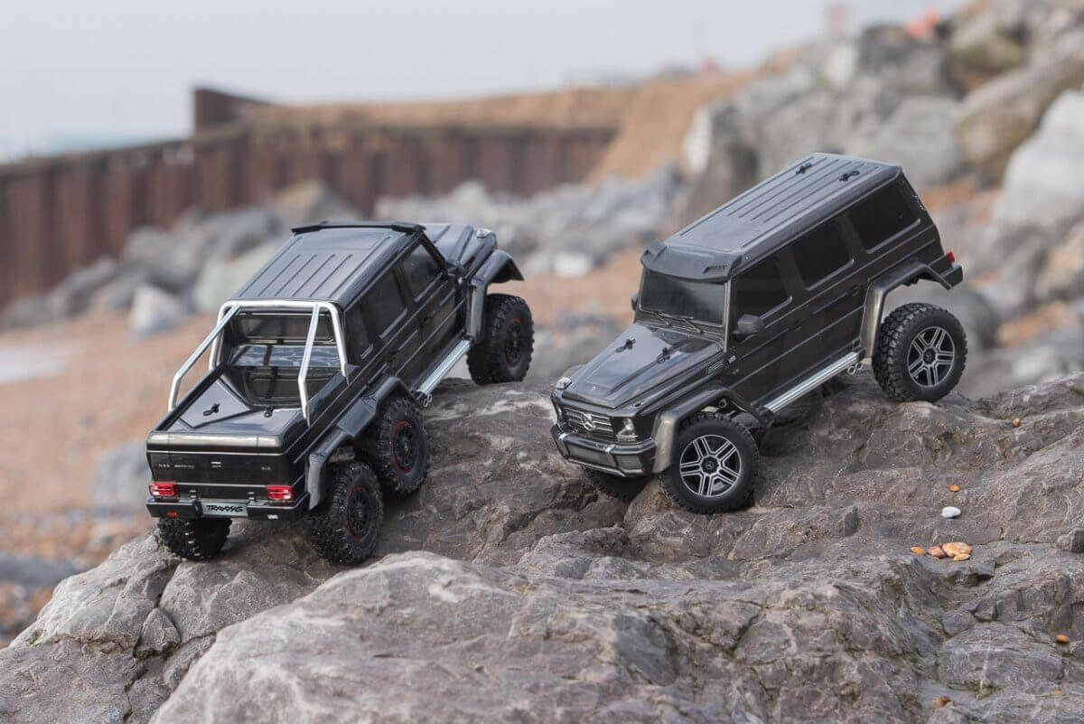 Traxxas TRX-6 Mercedes Benz G63 AMG Review TRX-4 comparison front to back