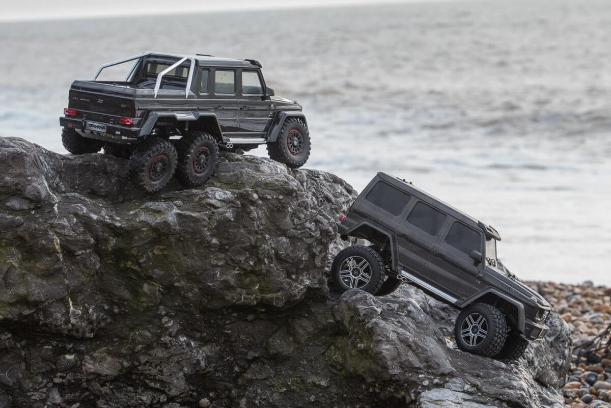Traxxas TRX-6 Mercedes Benz G63 AMG Review TRX-4 comparison front to back height lower