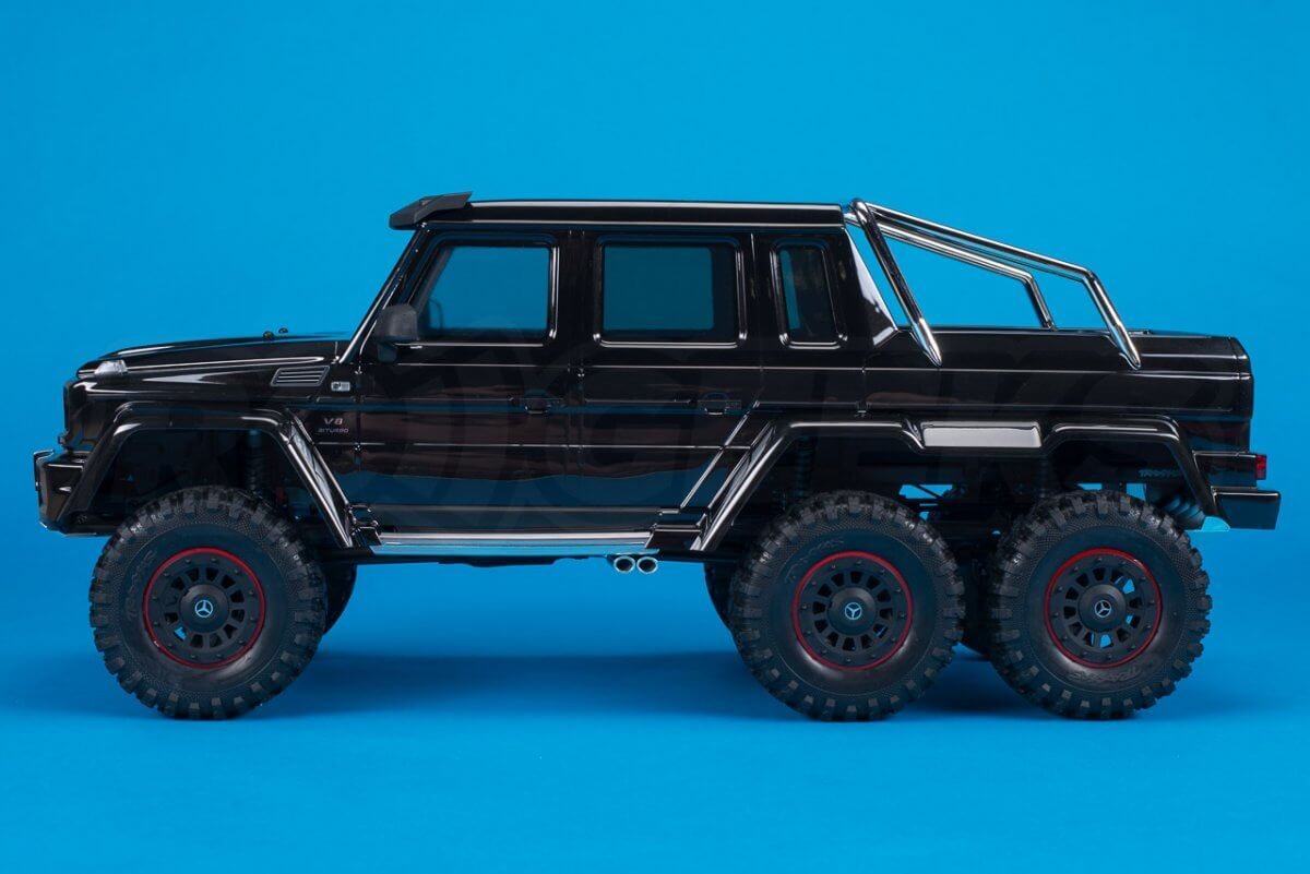 Traxxas TRX-6 Mercedes Benz G63 AMG Review Unboxing side profile