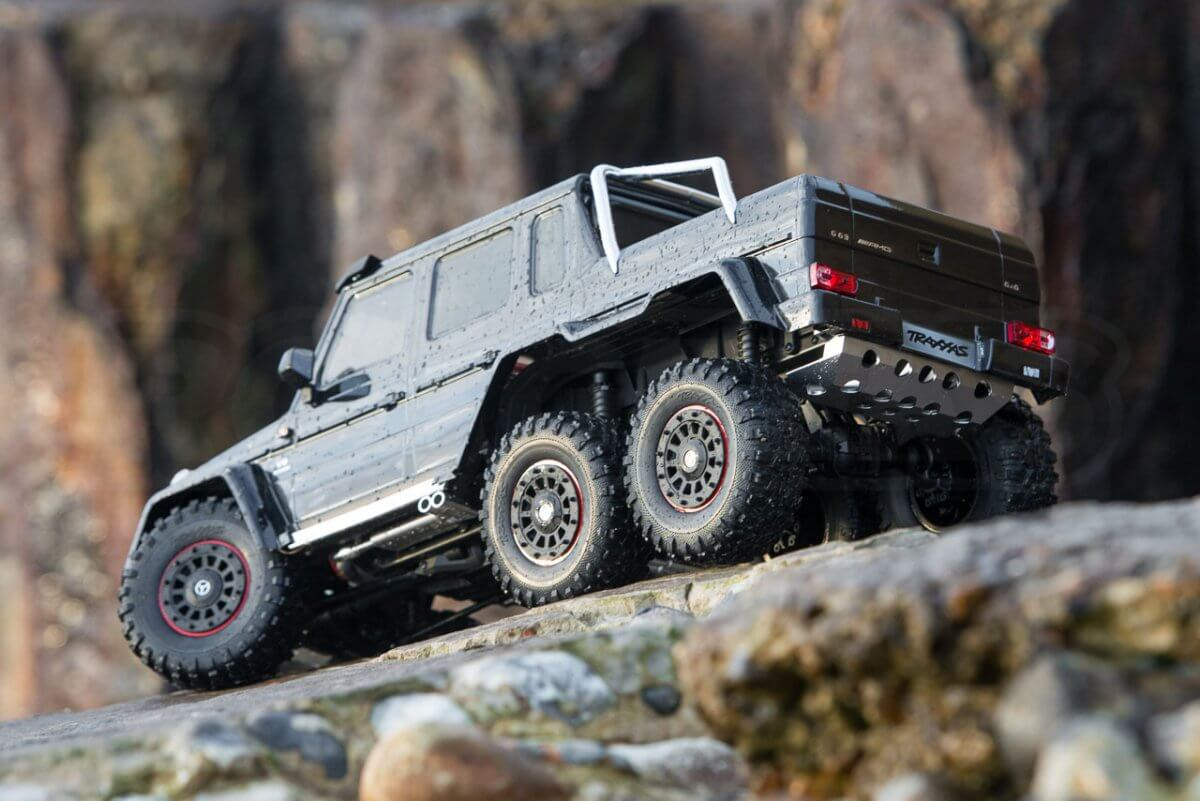 Traxxas TRX-6 Mercedes Benz G63 AMG Review rear three quarter decending feature