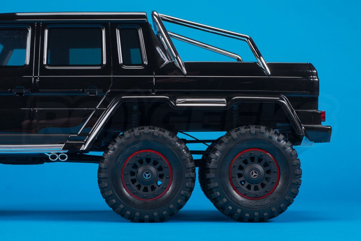Traxxas TRX-6 Mercedes Benz G63 AMG Review side rear